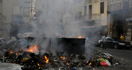 Beirut garbage 'mafia' torching Lebanese governance (+video)